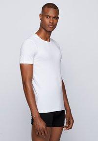BOSS - 2 PACK - Undershirt - white - 2
