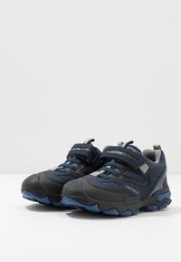 Geox - BULLER BOY  - Zapatos con cierre adhesivo - navy/grey - 3