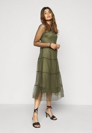 VMJUANA DRESS - Hverdagskjoler - deep lichen green/black
