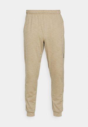 PANT - Pantaloni sportivi - khaki/brown kelp