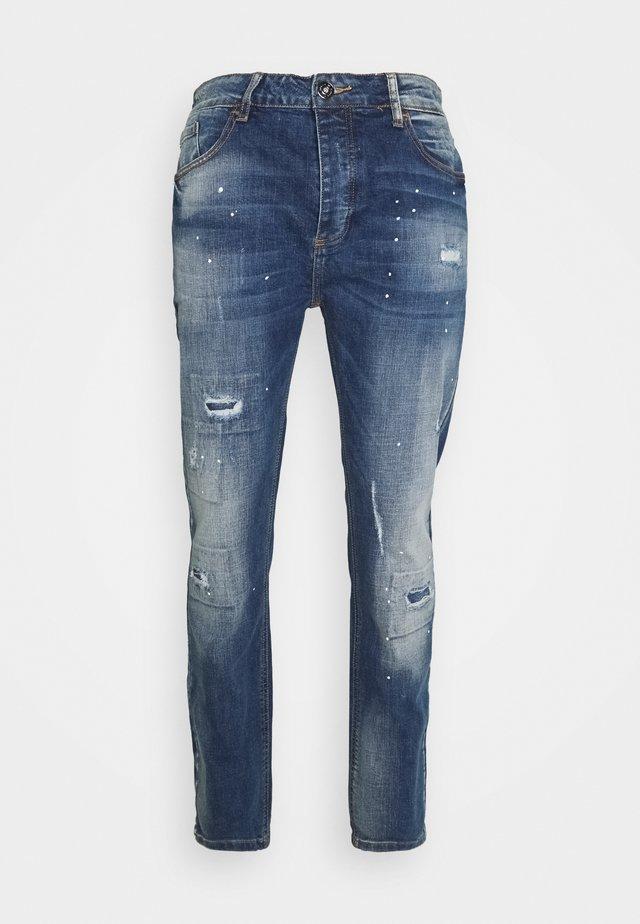 KASSALA CARROT  - Straight leg jeans - indigo