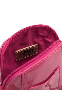 myMo at night - Across body bag - pink - 3