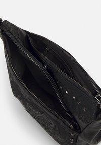 Desigual - BOLS MARTINI HARRY MINI - Across body bag - black - 2