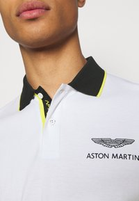 Hackett Aston Martin Racing - FASHION - Polo - white - 5