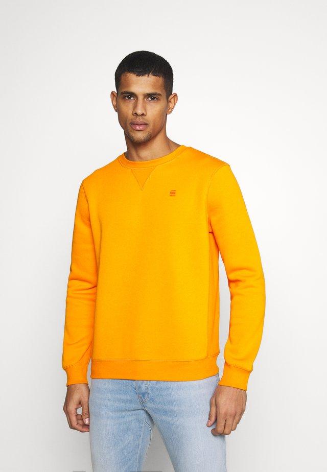 PREMIUM CORE R SW L\S - Sweatshirt - bright carrot