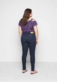 Selected Femme Curve - SLFINA - Skinny-Farkut - dark blue denim - 2