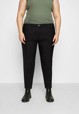 CROPPED MOM FIT - Skinny džíny - black