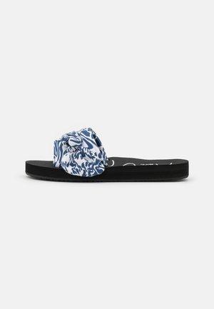 MONIKA  - Mules - blue/white