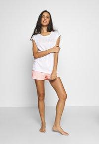 Esprit - DUNIA SET - Pyjama set - white - 1