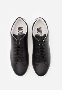 MOSCHINO - Trainers - black/white - 3