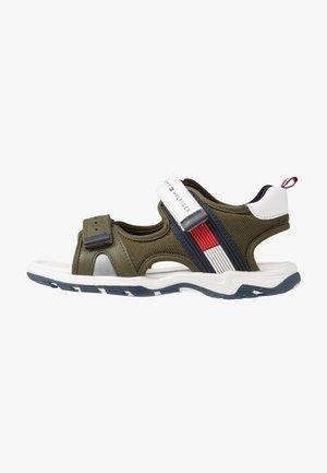 Chodecké sandály - military green/white