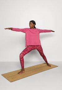adidas Performance - DANCE LAYERING - Longsleeve - pink - 1