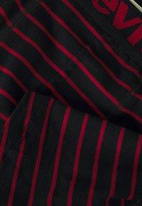 Levi's® - MEN VINTAGE STRIPE BOXER BRIEF 4 PACK - Panties - black - 6