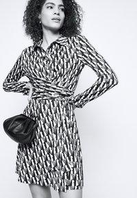 Diane von Furstenberg - DIDI - Shirt dress - ivory - 4