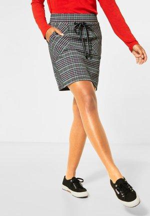 MIT KAROMUSTER - Pencil skirt - weiß