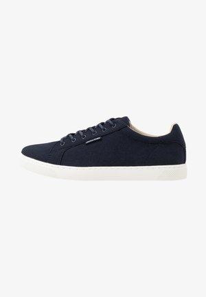 JFWTRENT - Sneakersy niskie - navy blazer