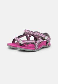 Teva - HURRICANE 3 UNISEX - Chodecké sandály - balboa fucshia red - 1