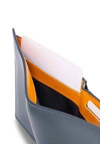 MAVERICK & CO. - Wallet - blue - 2