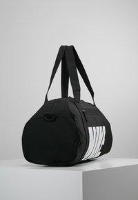 Nike Performance - GYM CLUB - Sporttasche - black/black/white - 2