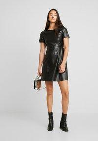 ONLY - ONLMAJKEN JOLEEN DRESS - Vestido informal - black - 2