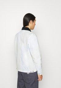 Obey Clothing - TIE DYE WORK JACKET - Kevyt takki - good grey - 3