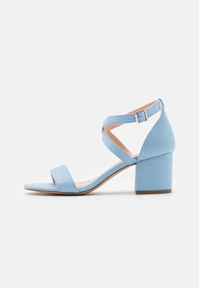Sandalen - light blue