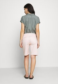 CLOSED - HOLDEN - Shorts - soft pink - 2