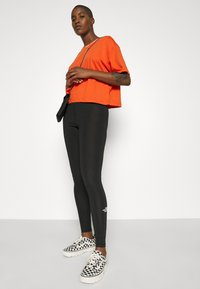 The North Face - HIGH WAISTED - Leggings - black - 5