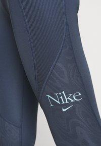 Nike Performance - FEMME FAST - Medias - thunder blue/copa - 4