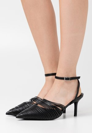 STRAP DETAILED SLINGBACK - Escarpins - black