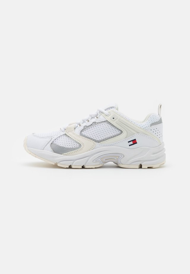 ARCHIVE RUNNER - Sneakers laag - white