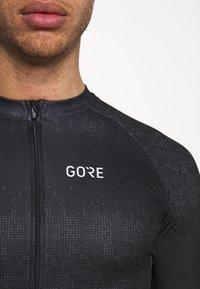 Gore Wear - GORE® WEAR MAGIX MENS - Print T-shirt - black - 4