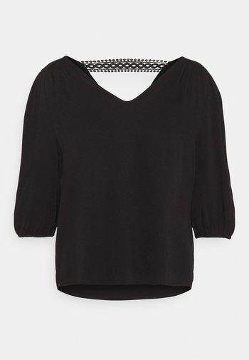 VISOMMI NEW DETAIL 3/4 - Maglietta a manica lunga - black