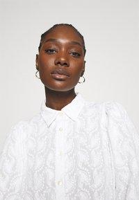 Stella Nova - Košilové šaty - white - 5