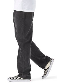 Vans - MN AUTHENTIC CHINO CORD RELAXED PANT - Trousers - asphalt - 2