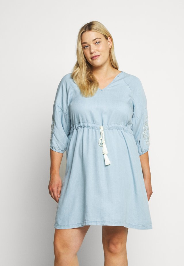 YINGE  DRESS - Day dress - light blue denim