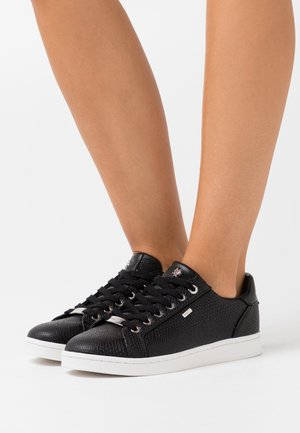 EEKE - Trainers - black