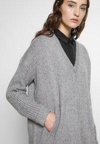 Masai - LAGINA - Cardigan - medium grey melange - 4