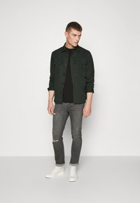 Solid - SDLOKE OVERSHIRT - Korte jassen - forest night - 3