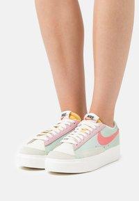 Nike Sportswear - BLAZER PLATFORM - Sneakers - seafoam/pink salt/sea glass/saturn gold - 0