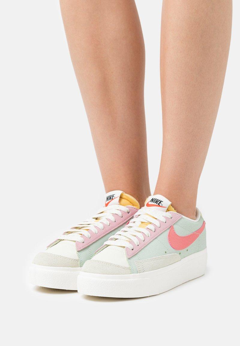 Nike Sportswear - BLAZER PLATFORM - Sneakers - seafoam/pink salt/sea glass/saturn gold