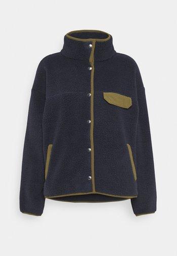 WOMENS CRAGMONT JACKET - Fleece jacket - aviatornavy/militaryolive