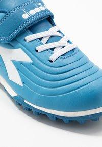 Diadora - PICHICHI 2 TF - Fußballschuh Multinocken - sky-blue/white - 2