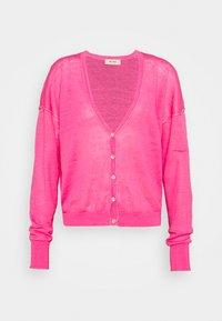 LARK CARDIGAN - Cardigan - fandango pink