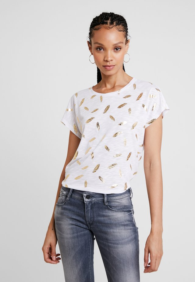 ONLFEATHER - Camiseta estampada - cloud dancer/gold