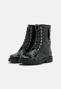 Zadig & Voltaire - JOE WRINKLE  - Lace-up ankle boots - noir - 2