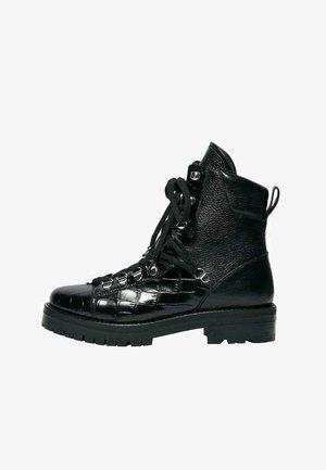 FRANKA  - Lace-up ankle boots - black croc