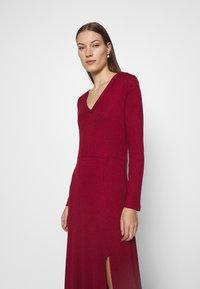 Banana Republic - VNECK COZY - Jumper dress - mulled cranberry - 4