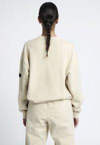 HALO - HALO - Sweatshirts - pumice stone - 3