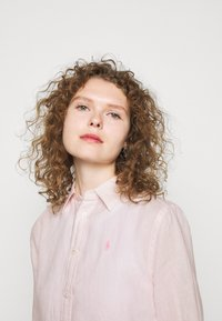 Polo Ralph Lauren - PIECE DYE - Button-down blouse - hint of pink - 3